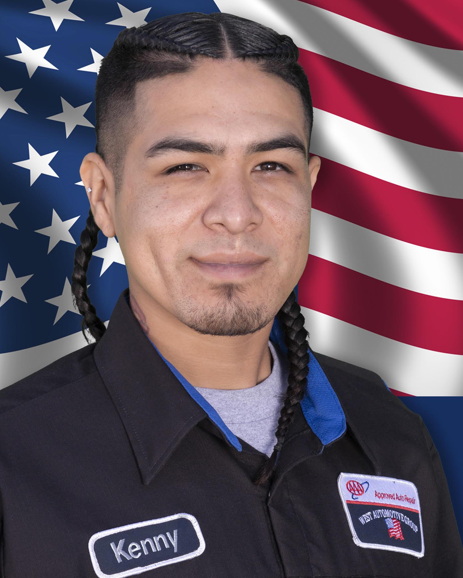 Kenny Morales