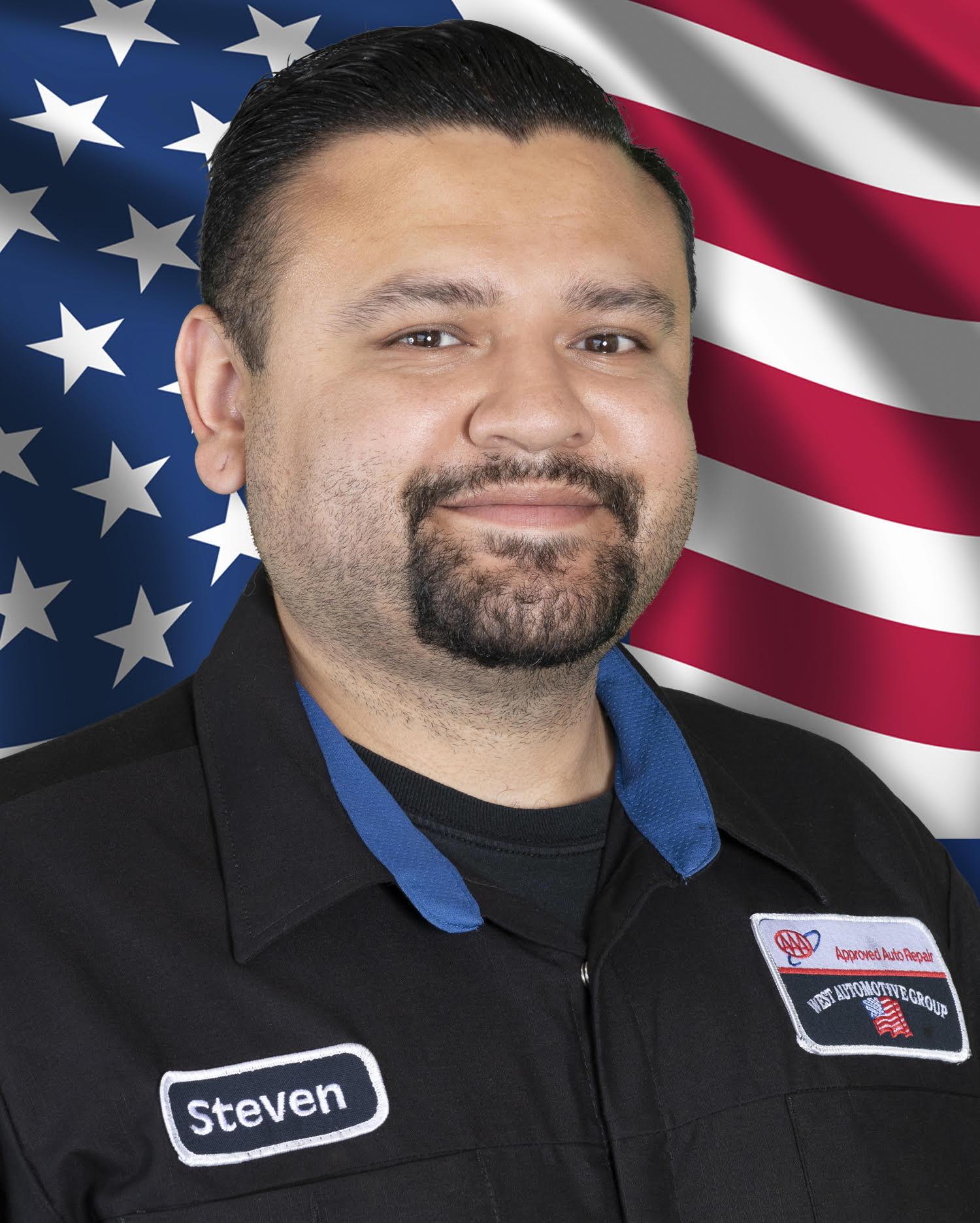 Steven Navarrete